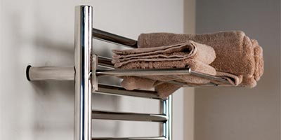 Straight towel bar installed