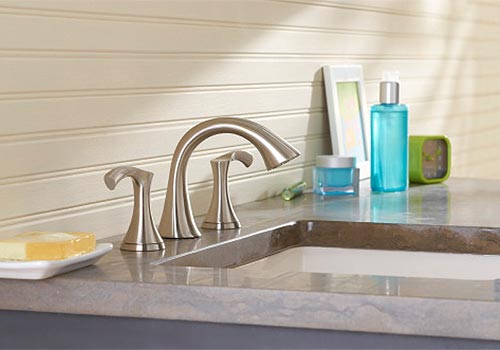 Widespread lav faucet example
