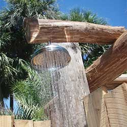 Outdoor raincan shower