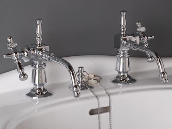 Example of reproduction P0013 basin taps with side mount metal handles, show in chrome